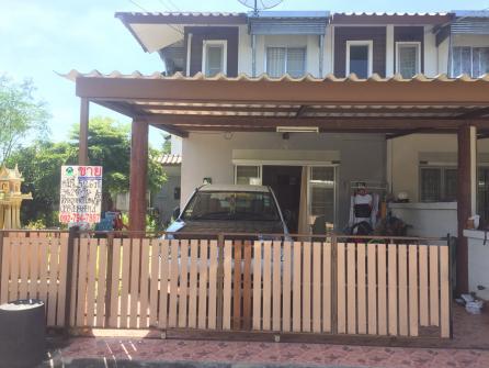 ขายบ้านทาวน์เฮ้าส์ 2ชั้น  พื้นที่ 52.6 ตร.ว. / 95 ตร.ม.  โครงการแฟมิลี่ซิตี้  ซอย 9  ต.นาป่า  อ. เมือง  จ.ชลบุรี  พร้อมอยู่ พร้อมโอน