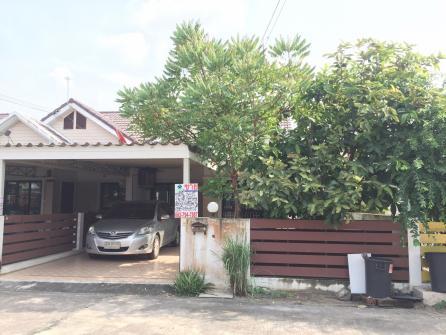 ขายบ้านแฝด 1 ชั้นพื้นที่ 38 ตร.วหมู่บ้านมัณตรา 1 อ.เมือง จ.ชลบุรี พร้อมอยู่ พร้อมโอน